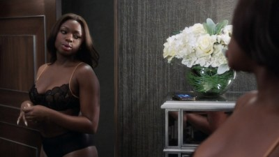 Natalie Paul nude topless and sex Lucy Walters nude Naturi Naughton hot - Power (2016) s3e4 HD 1080p (4)