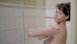 Sophie Marceau nude bush and boobs - L'étudiante (FR-1988)