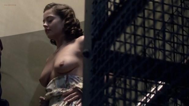 Jenna-Louise Coleman nude topless - Room At The Top (2012) s1e1 HD 720p (5)