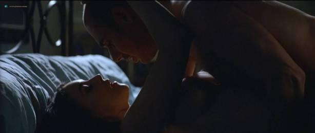 Monica Bellucci nude topless - Combien tu m'aimes? (FR-2005) HDTV 720p (4)