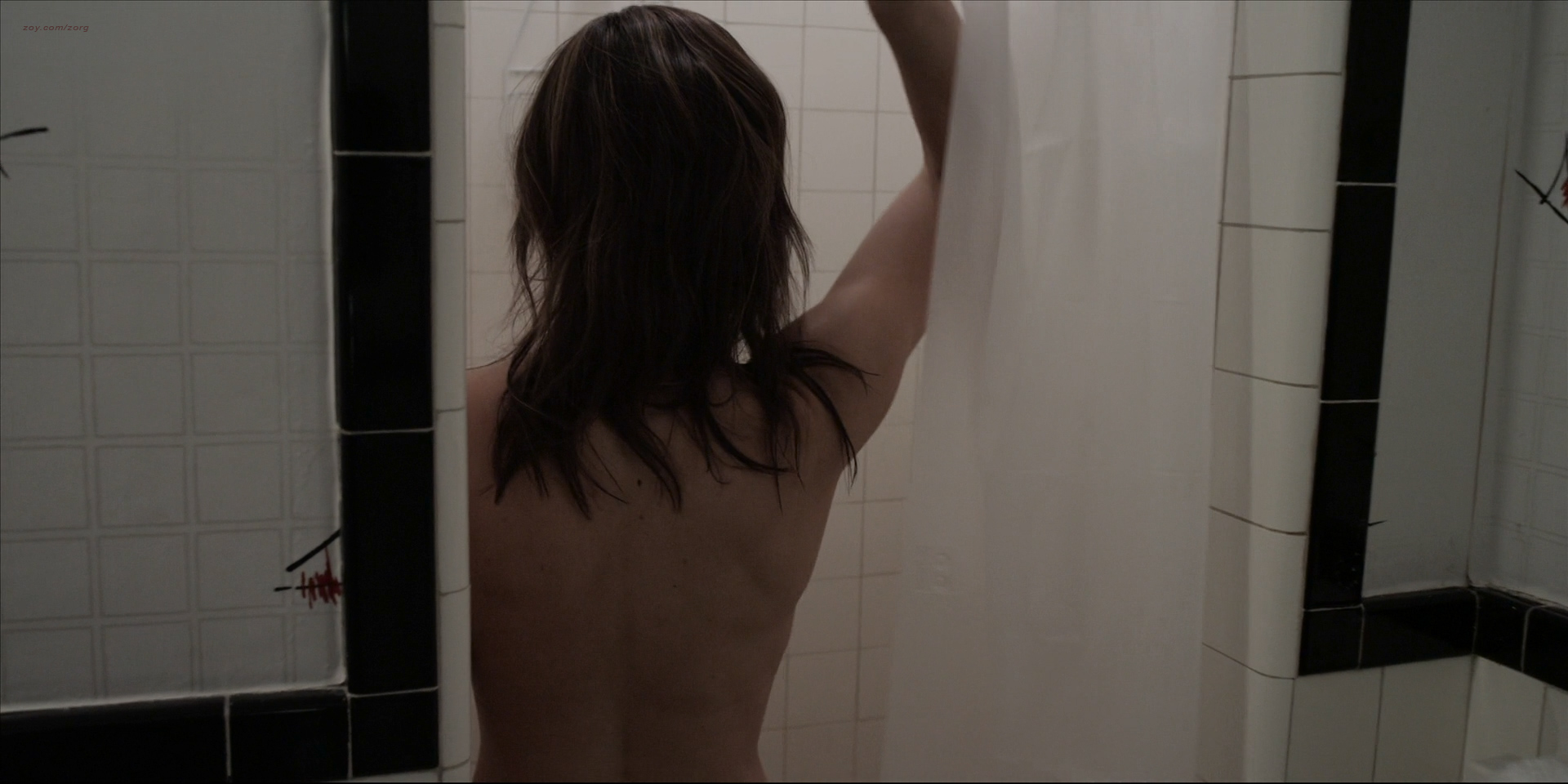 Victoria Johnstone nude butt boobs and Meredith Majors nude but covered – Lake Eerie (2016) HD 1080p (7)