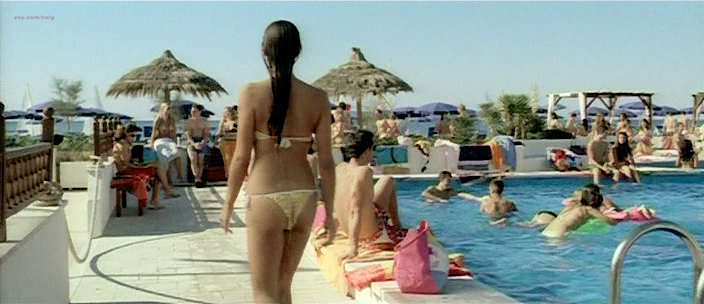 Carolina Crescentini nude butt, boobs and sex Serena Autieri nude - Notte Prima degli Esami Oggi (IT-2007) (8)