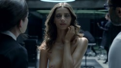 Evan Rachel Wood nude topless and butt Angela Sarafyan nude topless - Westworld (2016) s1e1 HD 1080p (9)
