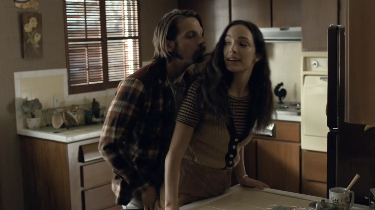 Kale Ronayne nude topless and butt and Jodi Balfour sex doggy style - Quarry (2016) s01e06 HD 720p (8)