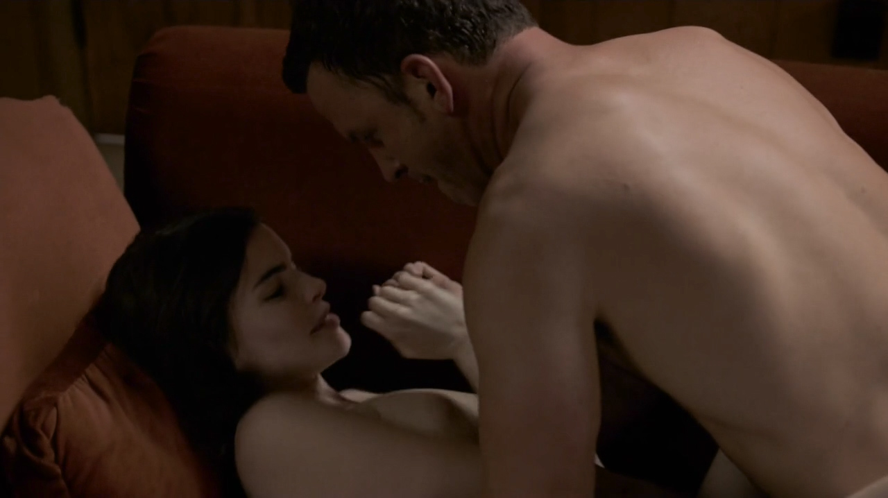 Kale Ronayne nude topless and butt and Jodi Balfour sex doggy style - Quarry (2016) s01e06 HD 720p (4)