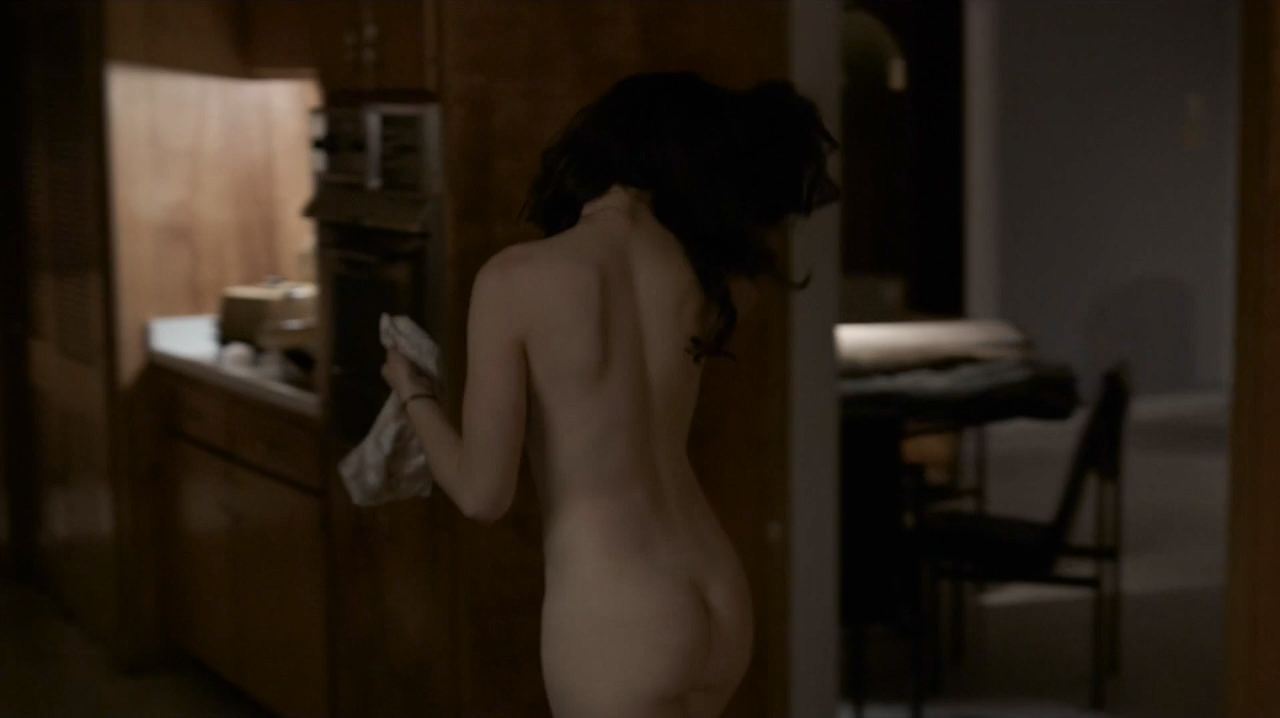 Kale Ronayne nude topless and butt and Jodi Balfour sex doggy style - Quarry (2016) s01e06 HD 720p (2)