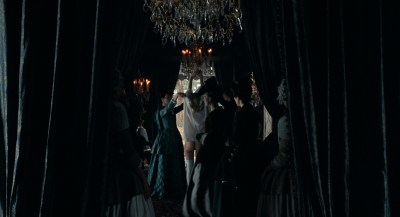 Kirsten Dunst nude butt and hot - Marie Antoinette (2006) HD 1080p BluRay (7)