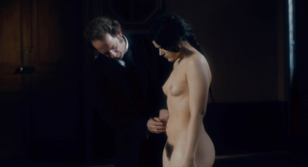Soko (Stéphanie Sokolinski) nude in - Augustine (FR-2012) hd720-1080p (7)