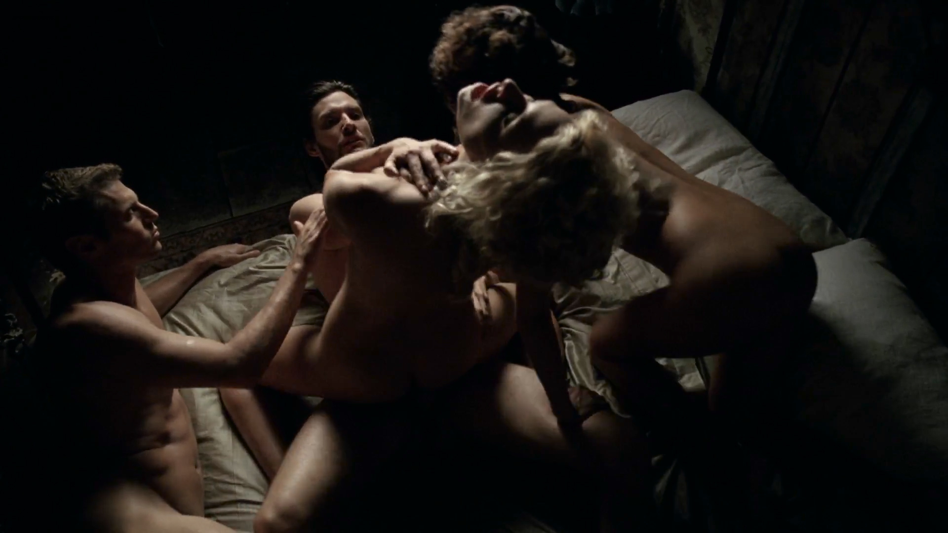 Thandie Newton nude topless and butt - Westworld (2016) s1e2 HD 1080p (7)