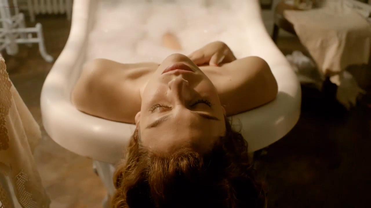 Blanca Suárez hot sex and very cute - Lo Que Escondian Sus Ojos (ES-2016) s1e1 HD 720p (1)