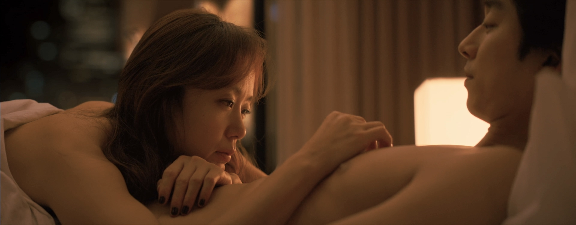 Do-yeon Jeon nude butt and sex - A Man And A Women (KR-2016) HD 1080p BluRay (11)