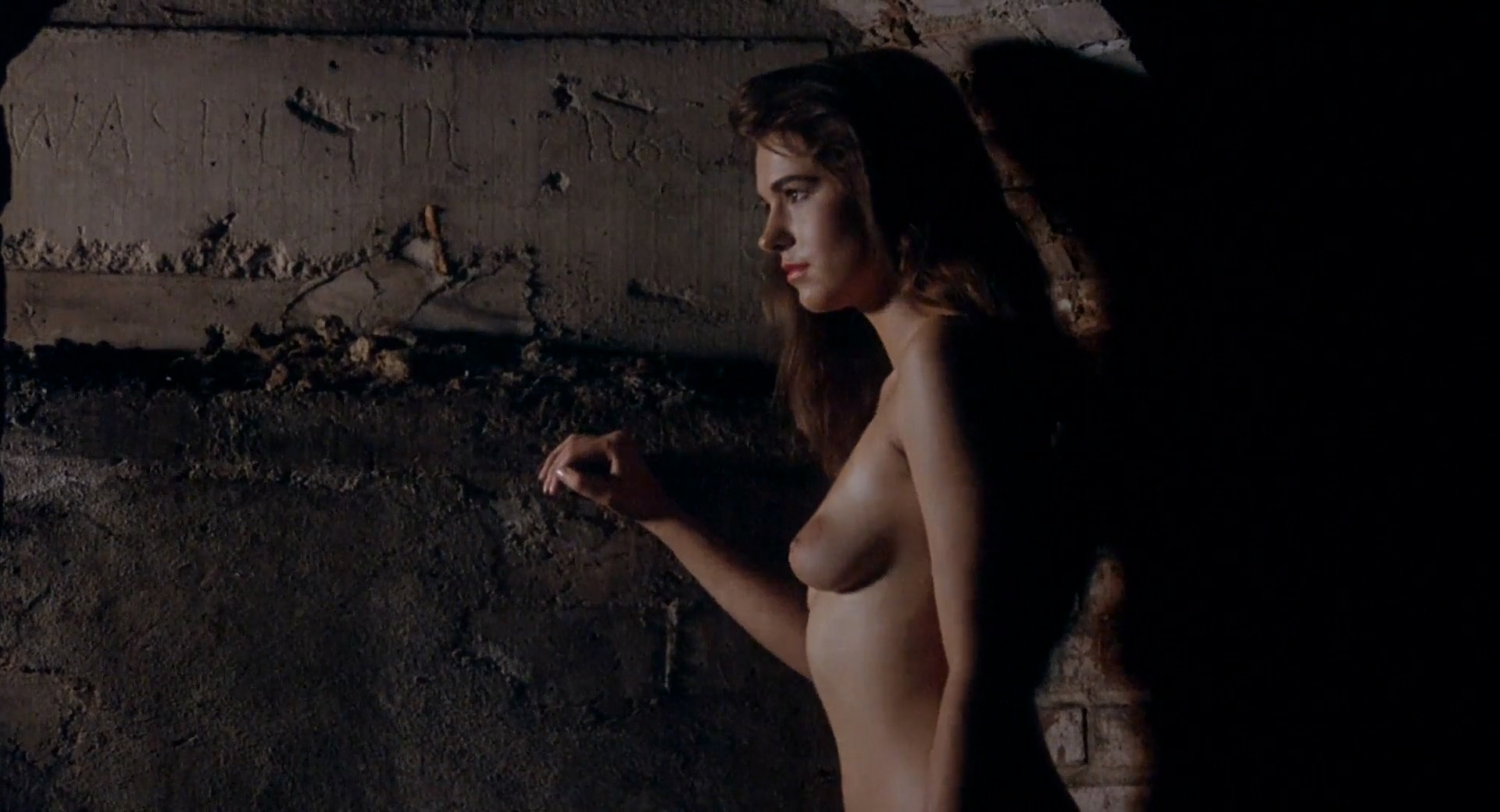 Frances Raines nude butt boobs, LeeAnne Baker, Natalie O'Connell other's nude - Breeders (1986) HD 1080p (18)
