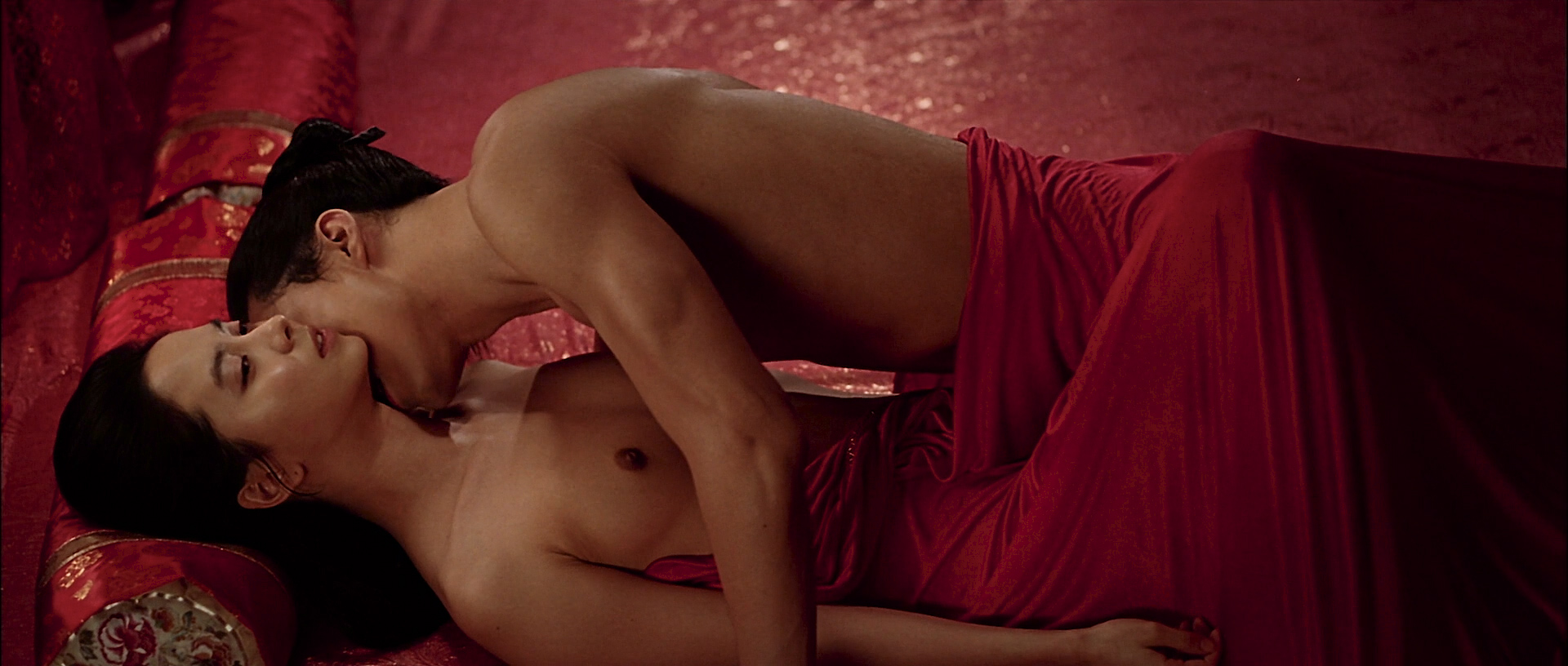 Ji-hyo Song nude topless butt and lot of hot sex - A Frozen Flower (KR-2008) HD 1080p BluRay (12)