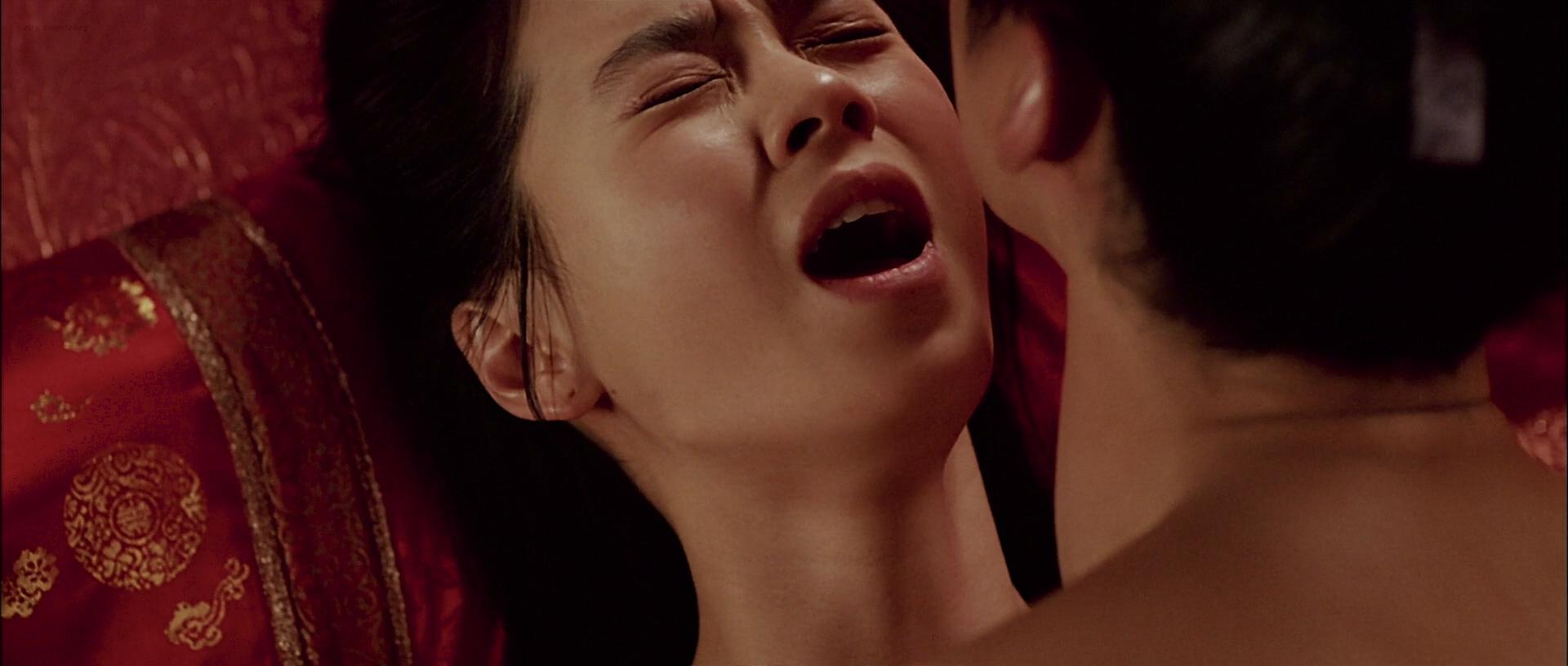Ji-hyo Song nude topless butt and lot of hot sex - A Frozen Flower (KR-2008) HD 1080p BluRay (10)