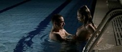 Juana Acosta nude wet and hot sex in the pool, María Reyes Arias hot - A golpes (ES-2005) (15)