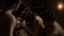 Maria Bopp nude sex threesome, other's nude and lot of sex - Me Chame de Bruna (BR 2016) s1e1-3 HD 720p WEB-DL (19)