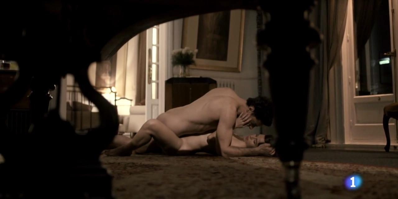 Marta Etura nude butt and sex and Claudia Traisac nude boobs and butt – La Sonata Del Silencio s01e07 (2016) HD 720p (1)