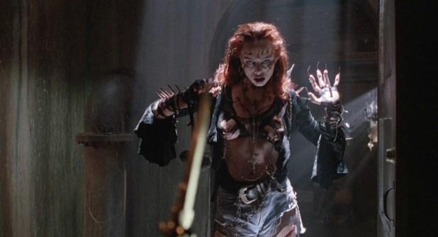 Melinda Clarke nude topless - Return Of The Living Dead 3 (1993) HD 1080p BluRay (2)