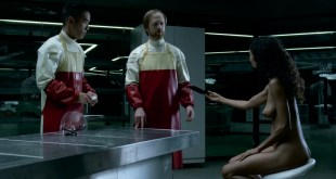 Thandie Newton nude topless and butt - Westworld (2016) s1e6 HD 1080p (9)