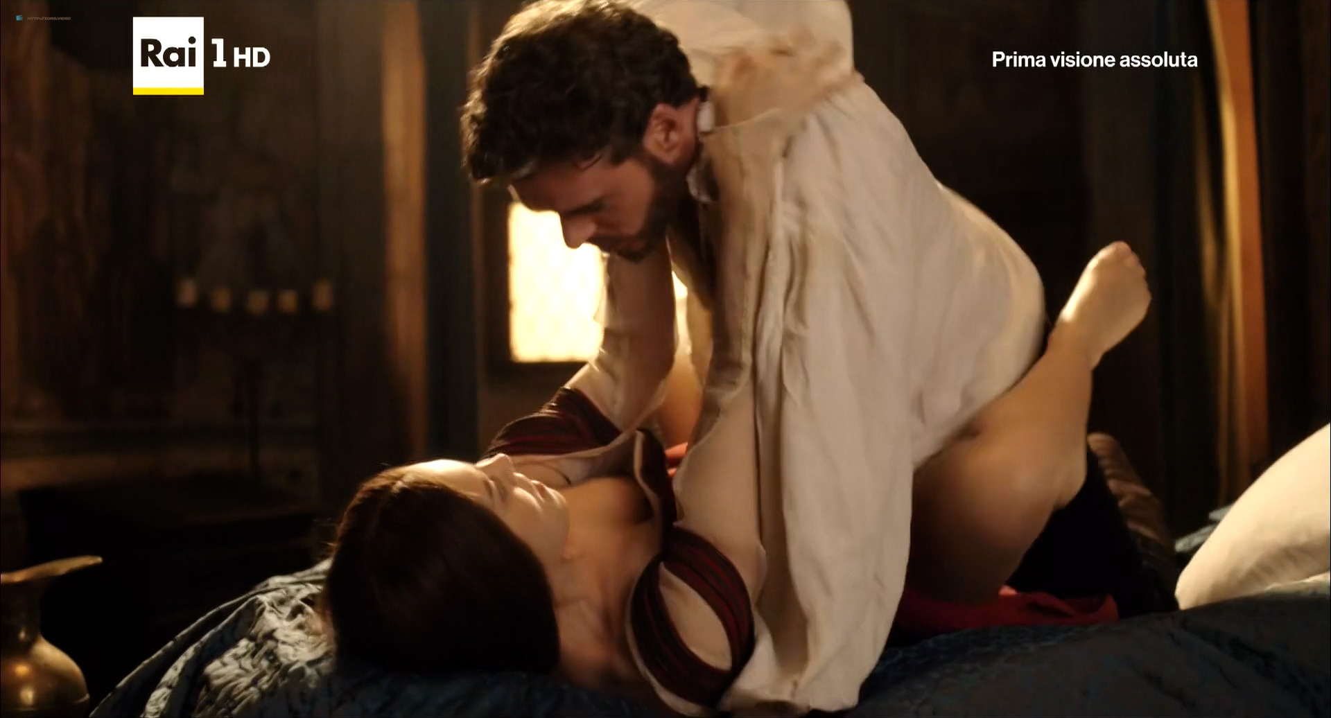Annabel Scholey nude sex and Valentina Belle nude too – Medici Masters of Florence (2016) s1e6-8 HD 1080p (1)