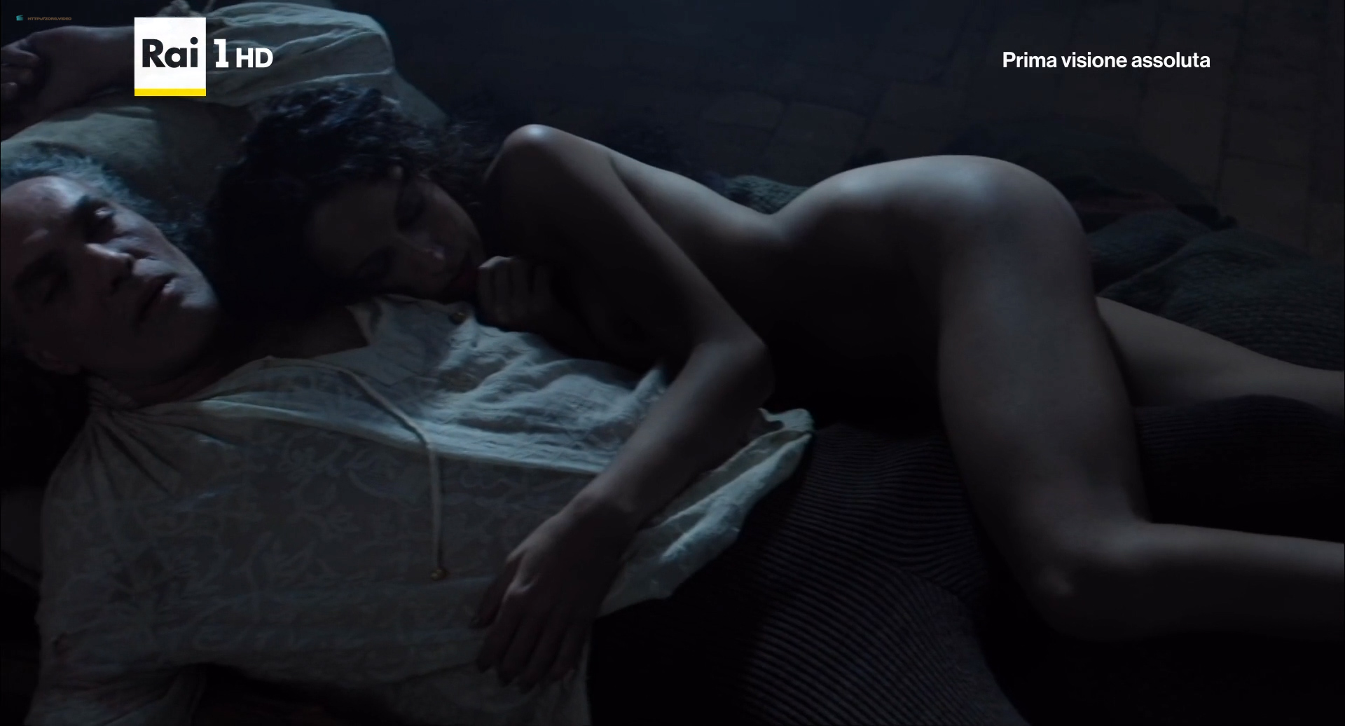 Annabel Scholey nude sex and Valentina Belle nude too – Medici Masters of Florence (2016) s1e6-8 HD 1080p (7)