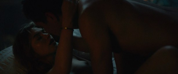 Imogen Poots nude topless and sex - Frank And Lola (2016) HD 1080 WebDL (6)