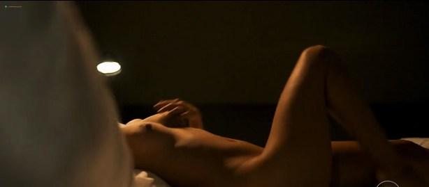 Julia Dalavia nude topless Marjorie Estiano and Leandra Leal hot and sexy - Justiça s01e04-8 (BR-2016) hd720p (6)