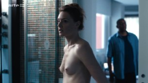 Kate Moran nude topless and sex – Cannabis (2016) s1e4-5 HD 720p (3)