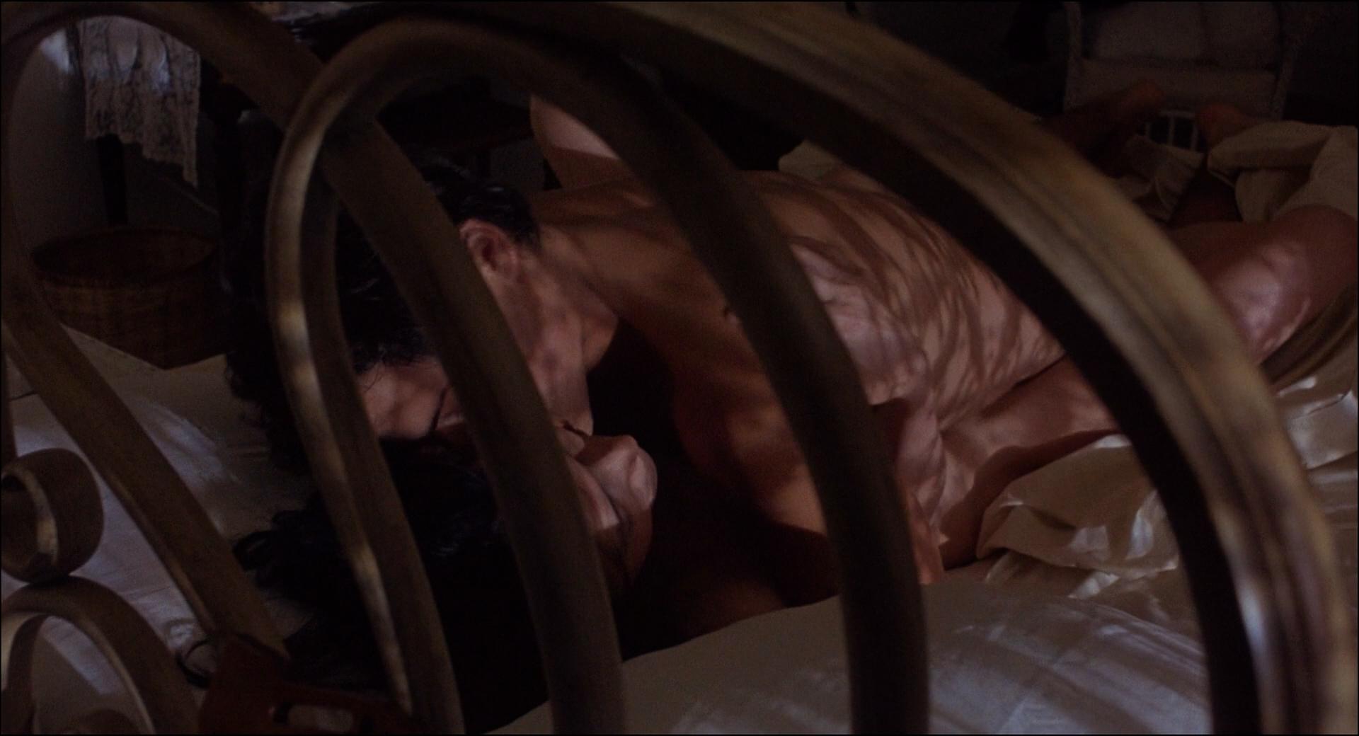Kim Cattrall nude topless Meg Tilly hot sex Dana Delany hot bikini - Masquerade (1988) HD 1080p BluRay (6)