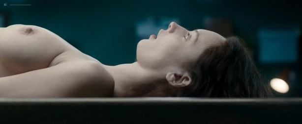 Olwen Catherine Kelly nude bush and boobs - The Autopsy of Jane Doe (2016) HD 1080p WebDl (6)