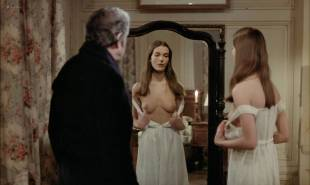 Carole Bouquet nude Angela Molina nude bush - That Obscure Object of Desire (1977) HD 1080p BluRay