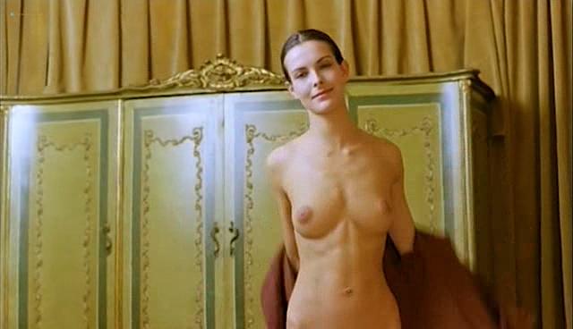 Carole Bouquet nude topless and sex - Il Cappotto Di Astrakan (IT-1980) (6)