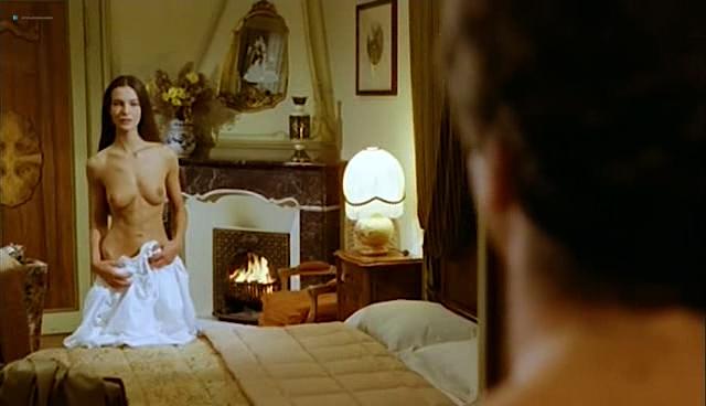 Carole Bouquet nude topless and sex - Il Cappotto Di Astrakan (IT-1980) (10)
