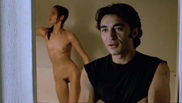 Fanny Bastien nude full frontal - Urgence (FR-1985) (13)
