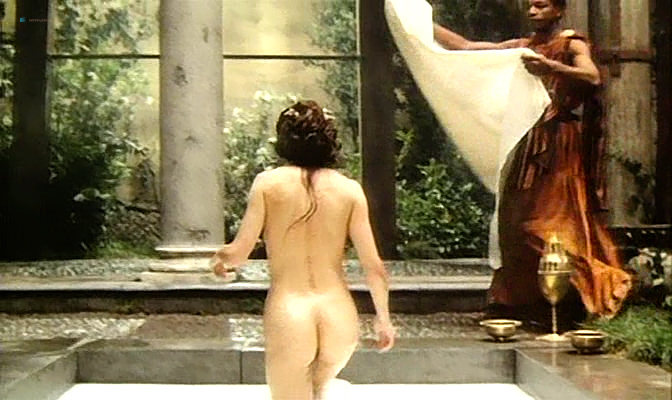Isabella Ferrari nude topless Carole Bouquet nude butt Isabella Dandolo nude- Dagobert (IT-1984) (2)
