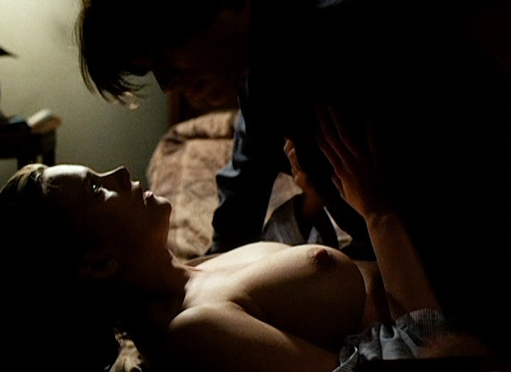 Natasha Henstridge nude topless and sex - Caracara (1999) (5)
