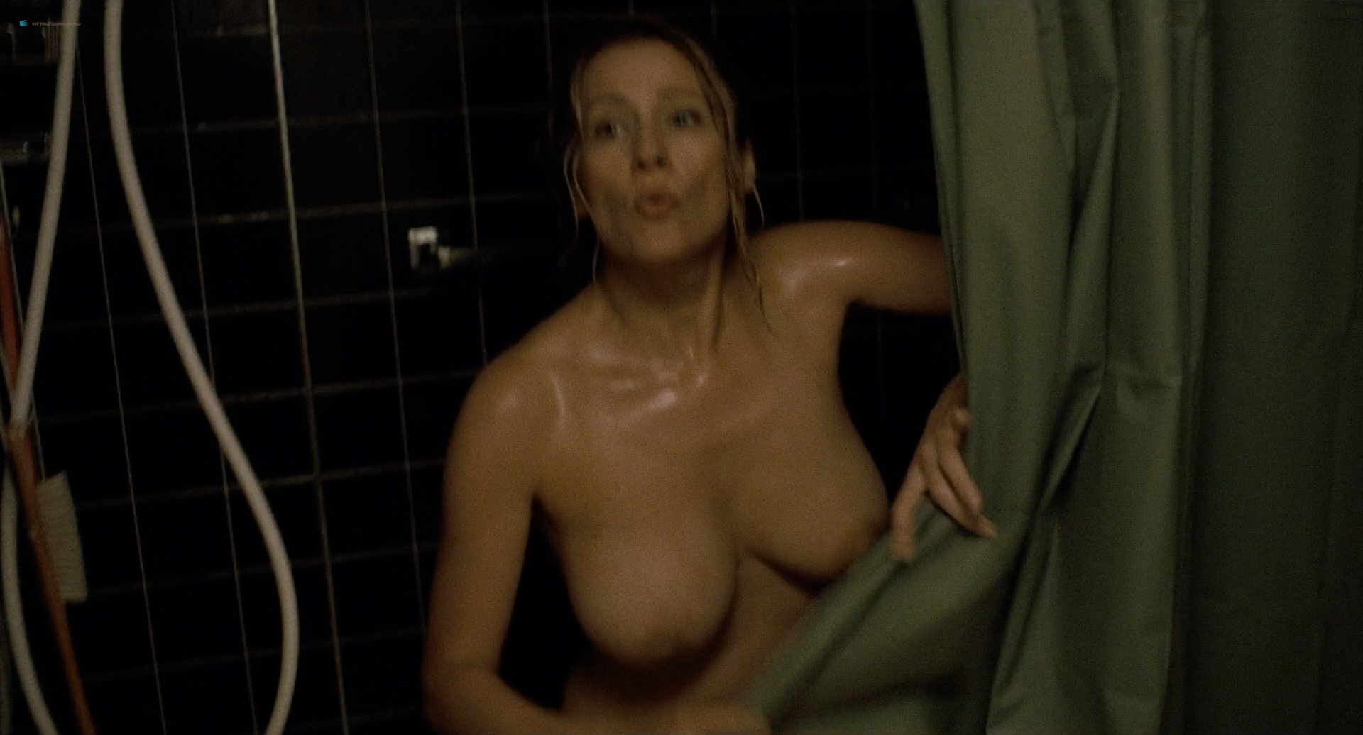 Paula Morgan Nude Topless In The Shower  Closet Monster -7931
