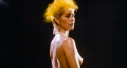 Suzanna Love nude topless - The Devonsville Terror (1983) HD 720p (3)