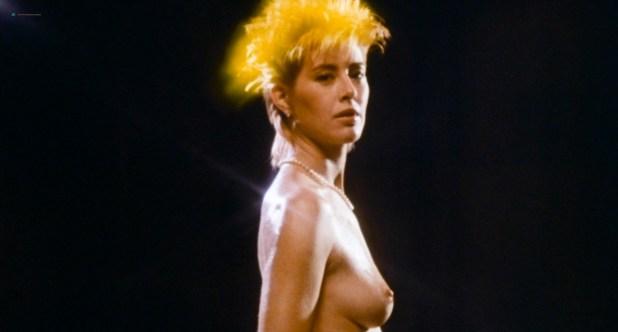 Suzanna Love nude topless - The Devonsville Terror (1983) HD 720p (2)