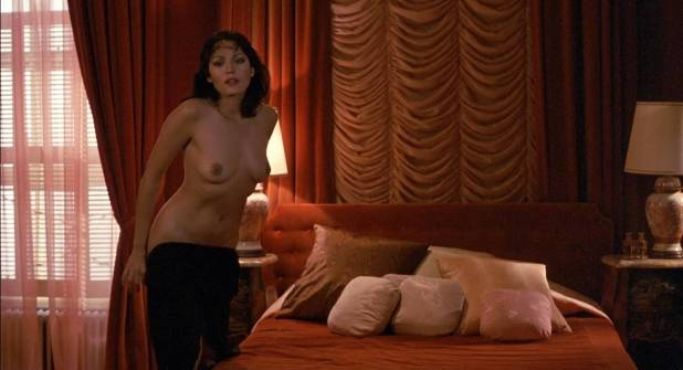 Barbara Carrera nude bush and sex Leigh Harris and Lynette Harris nude bush too - I, the Jury (1982) HD 1080p BluRay (13)