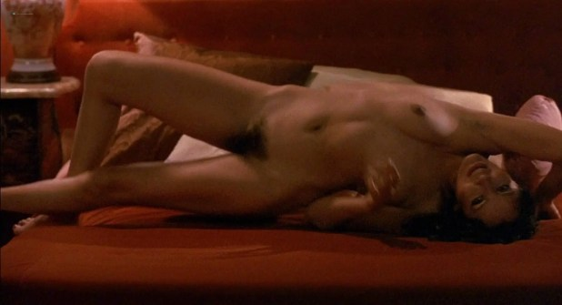 Barbara Carrera nude bush and sex Leigh Harris and Lynette Harris nude bush too - I, the Jury (1982) HD 1080p BluRay (10)
