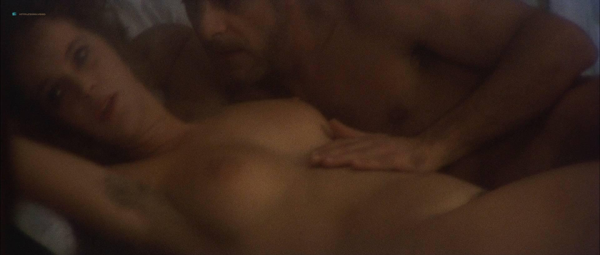 Laura Antonelli nude bush and topless - L'innocente (IT-1976) HD 1080p BluRay (5)