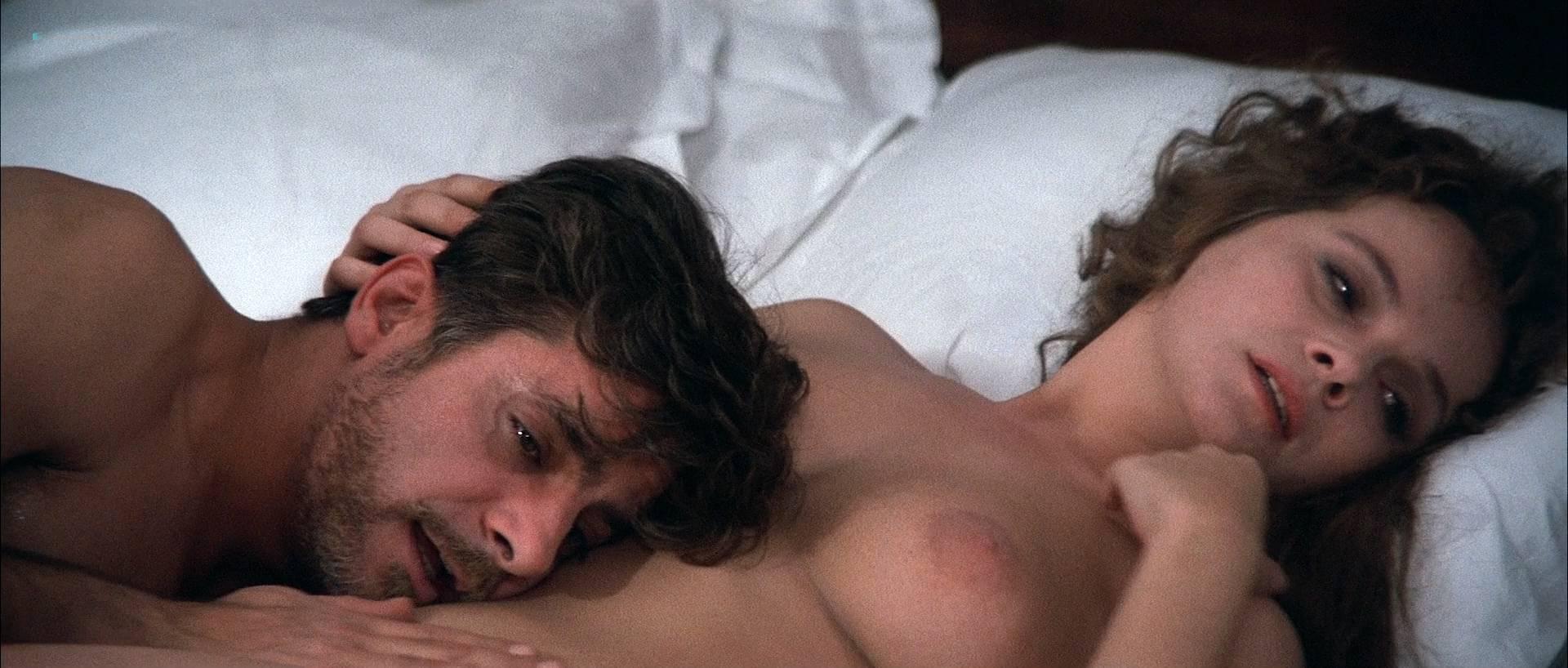 Laura Antonelli nude bush and topless - L'innocente (IT-1976) HD 1080p BluRay (13)