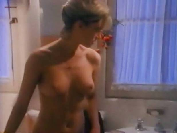 Linda Hoffman nude butt, topless and lot of sex - Jane Street (1996) (9)