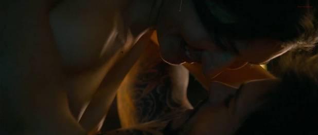 Mia Blake nude brief nipple in sex scene - The Tattooist (2007) hd720p (5)