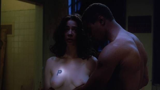 Moira Kelly nude topless and sex - Daybreak (1993) HD 1080p WebDL (15)