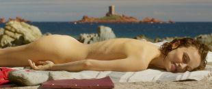 Natalie Portman nude butt - Planetarium (2016) HD 1080p BluRay
