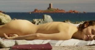 Natalie Portman nude butt - Planetarium.(2016) HD 720p WEB-DL (9)