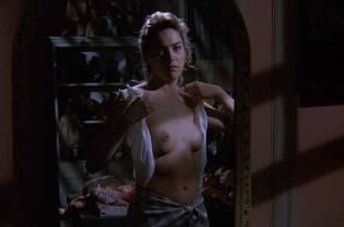 Sharon Stone nude topless – Scissors (1991) HD 1080p BluRay