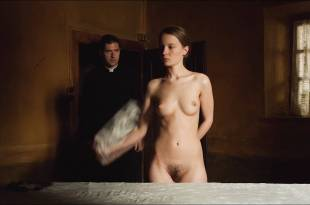 Diane Rouxel nude full frontal Nathalie Tetrel nude bush – Fou D'Amour (FR-2015)  HD 1080p WebDL